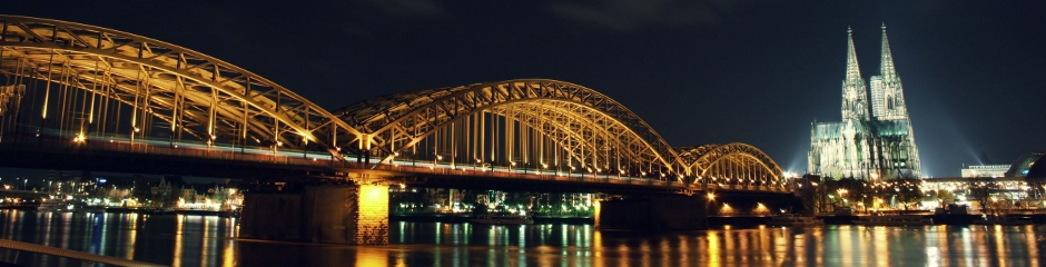 cologne - bridge and dom - night 940x240.jpg